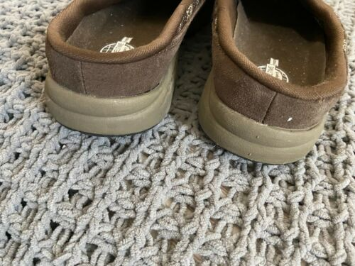 Womems Brown Suede Sweater Mules Clogs Sz 8.5