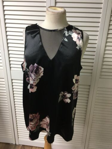 Maurices Women's Sz L Sleeveless Blouse Black W/ Floral Design Silky Feel NWT