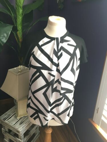 Liz Claiborne Women's Sz M Black And White Shear Blouse W/ Tank Underneath NWT