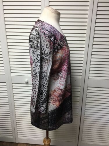 Chico's Size 1 Women's Blouse Multicolor Design W/ Sequins Front