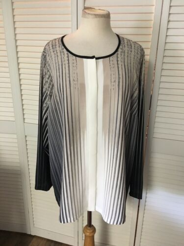 Alfani Women's Size 16W Long Sleeve Button Down Blouse Neutral Colored Stripes