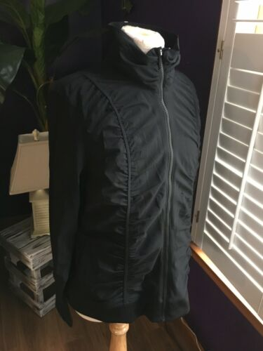 Fila Sport Women's Size XL Black Zip Up Jacket W/ Pleated Stripes Down Front