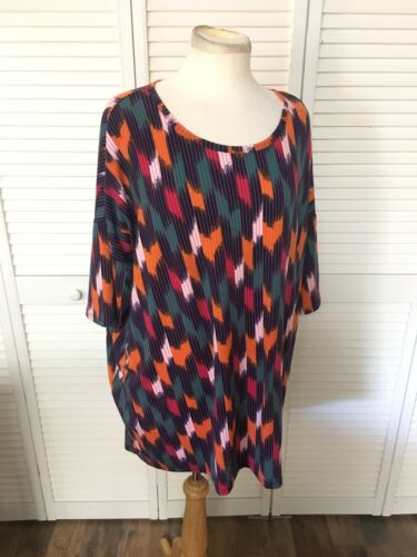 LuLaRoe Women's Size 2XL Multicolor Pattern Soft Shirt, Hangs Longer In Back NWT