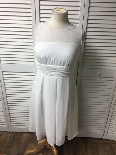 Sangria Petite Women's Size 6P White Dress W/ Mesh Top And Side Zipper