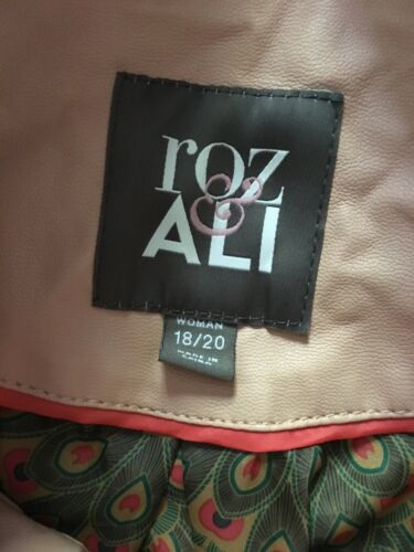 Roz & Ali Women's Size 18/20 Light Pink Jacket W/ Zippers And Buttons
