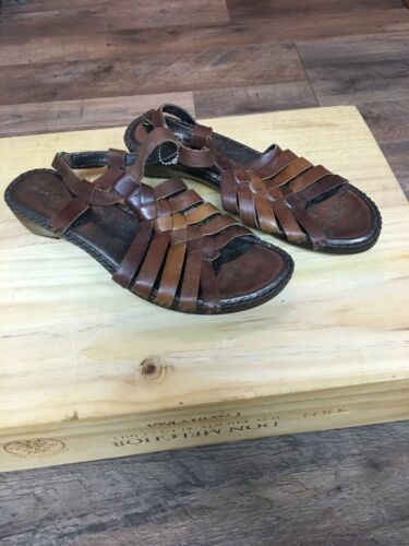Strictly Comfort Women's Size 10M Brown Flat Sandals Strap And Buckle At Ankle