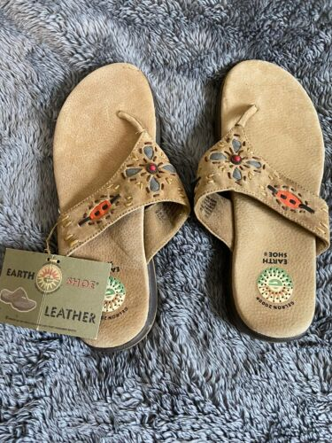 womens earth Leather Tan Flip Flops Thomgs Sz8