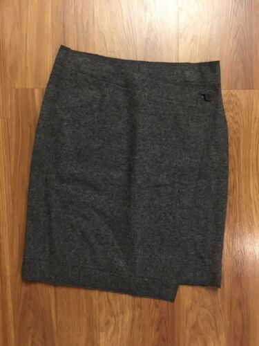Talbots Women's Size 4 Grey Pencil Skirt W/ Button