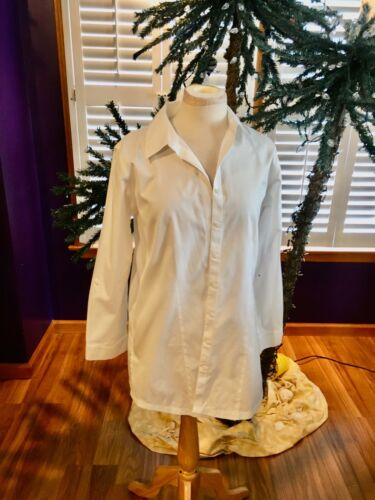 "Chico's White Button Down Blouse Long Sleeves Women's 42"" Chest, 31"" Length"