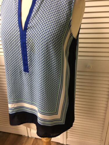 Ann Taylor Loft Women's Size Small Sleeveless Blouse V-Neck Blue Pattern