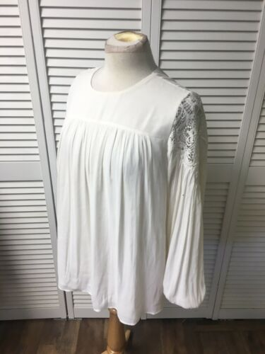 Loft Women's Size Small Long Sleeve Flowy Blouse Ivory Color Elastic At Wrists