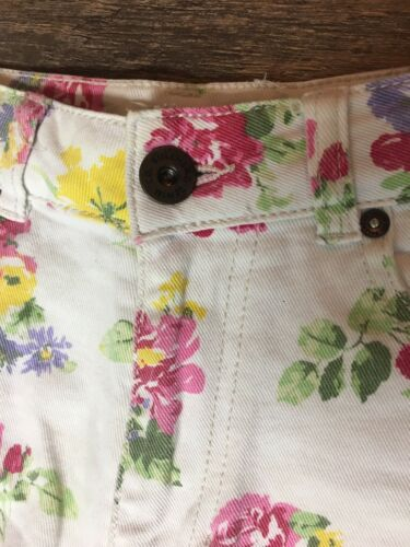 Bull Head Denim Co Women's Size 1 Shorts Mom Short White W/ Multicolor Floral