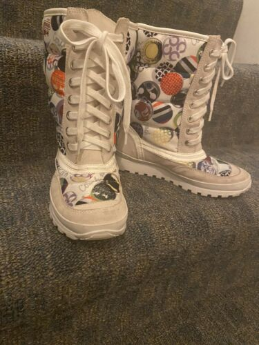 Womens Dorean Coach Boots White Multi Colored Hiking Boots 5.5