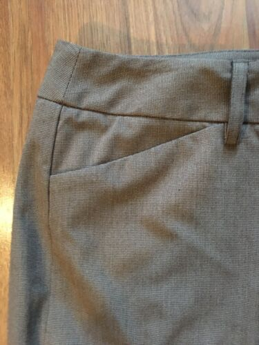 NEW Apt. 9 Women's Size 12 Maxwell Pants Beige Capris Stretch NWT