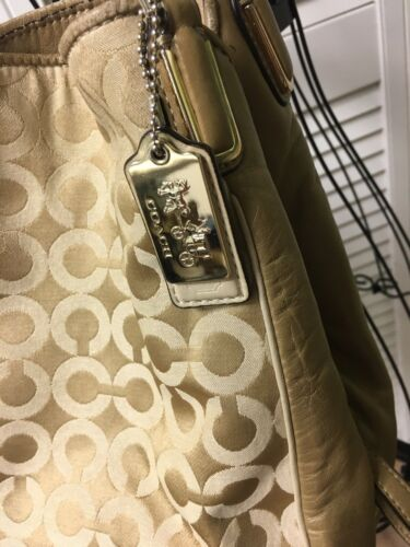 Coach Handbag Gold Purse Multiple Pockets Zipper And Magnet Closure