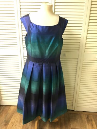 J. Taylor Women's Size 14 Dress Sleeveless Blue And Green Pleated Waist Flowy