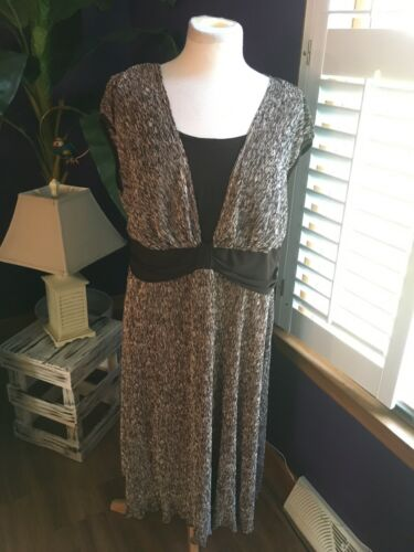 R&M Richards Womens Size 20 Brown Dress Sleeveless Knee Length V-Neck Style NWT