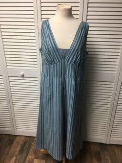 Villager By Liz Claiborne Women's Size 14 Blue Striped Long Dress Sleeveless