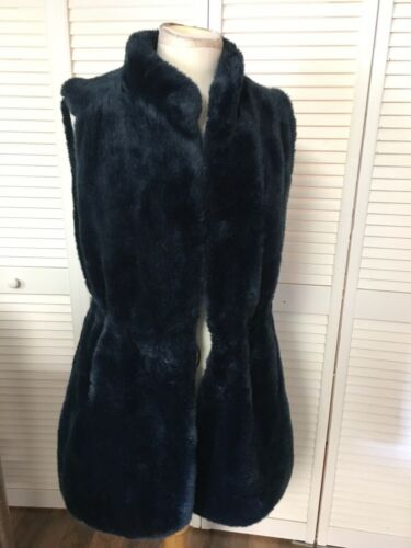 Vince Camuto Women's Size Medium Navy Blue Furry Vest Drawstring Waist