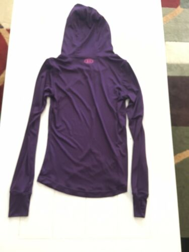 Under Armor Women's Size Small Purple Fitted Long Sleeve Shirt W/ Hood