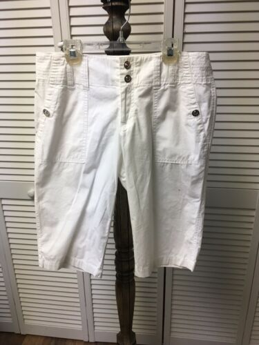 INC International Concepts Women's Size 4 White Shorts With Pockets