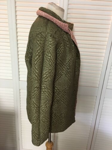T C Fashion Women's Size Large Reversible Jacket Pink And Green With Buttons NWT