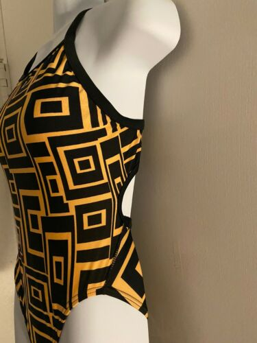 Womens Black Gold Geometrtric One Piece Razor Back 6/32