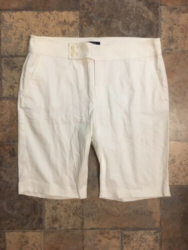 Chaps Women's Size 12 White Bermuda Shorts W/ Pockets, Zipper And Double Buttons