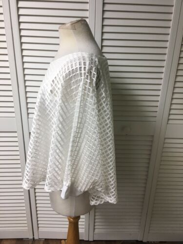 Chenault Top Women's Size Medium White Blouse Flowy Net Cover W/ Tank Underneath