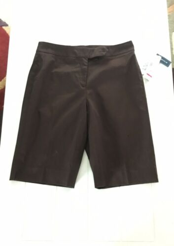 Jones New York Signature Women's Size 8 Black Bermuda Shorts Stretch NWT