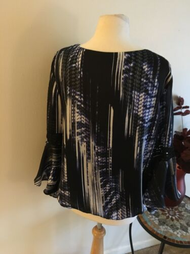 AB Studio Bell Sleeve Blouse Black And Blue Long Sleeve Lace Women's Sz S