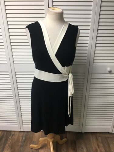 Black House White Market Women's Size Medium Sleeveless Wrap Dress V-Neck