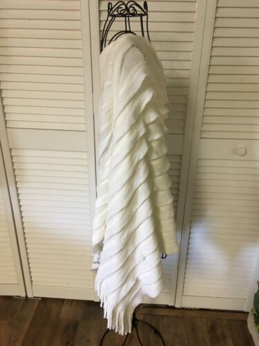 Designed In Italy Scamm Women's OS Poncho Cream Colored W/ Ruffles, Fringes NWT