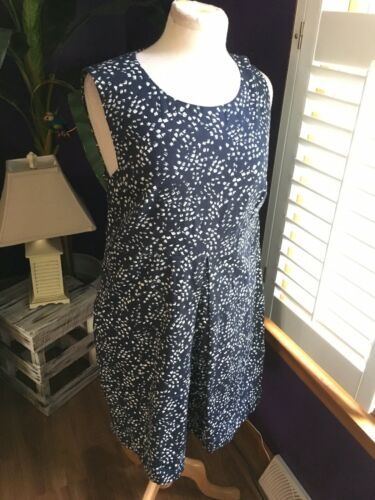 Peserico 48 Women's Navy And White Sleeveless Dress W/ Zipper In Back