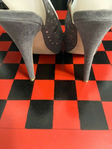 Womens Colin Stuart Gray Suede Platforms Pumps With Rhinestones 5B