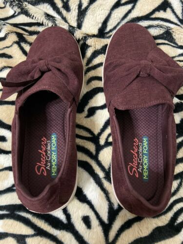 Womens Skechers Burgundy Air Cooled Bow Flat Loafers Sz 7.5