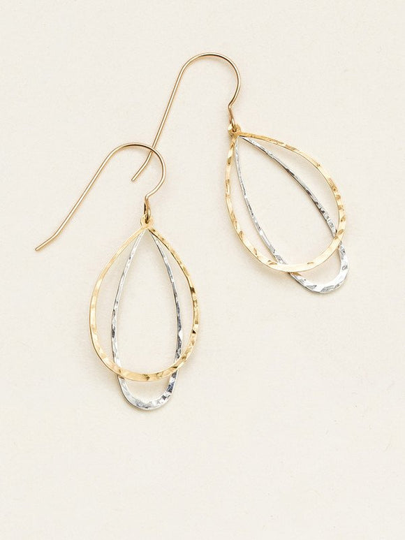 Holly Yashi -In The Loop Earrings