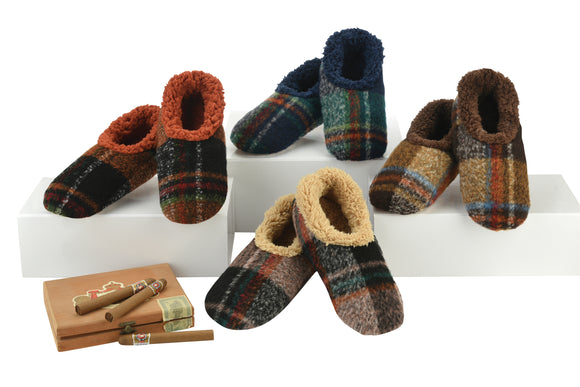 Snoozies- Men's Bold Plaid Slippers