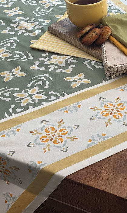 Tablecloth and Placemats, Merut Green