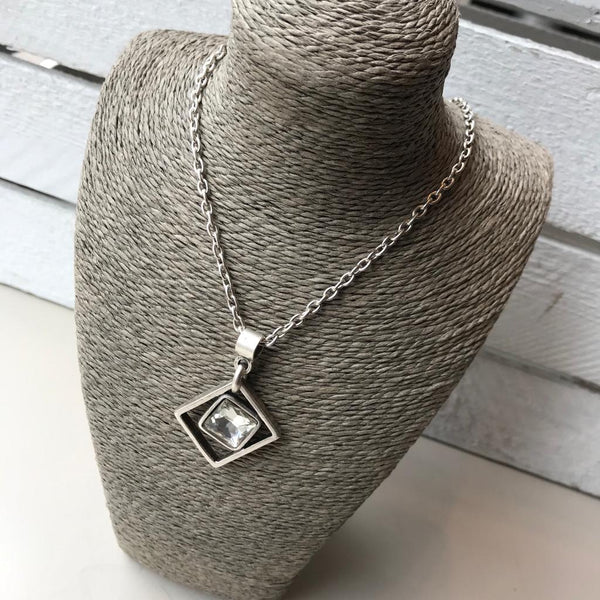 Silver chain with square pendent & clear crystal