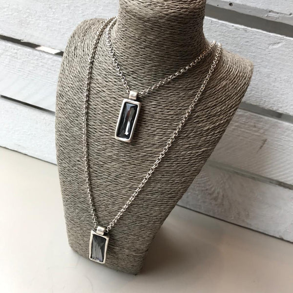 Grey crystal silver necklace