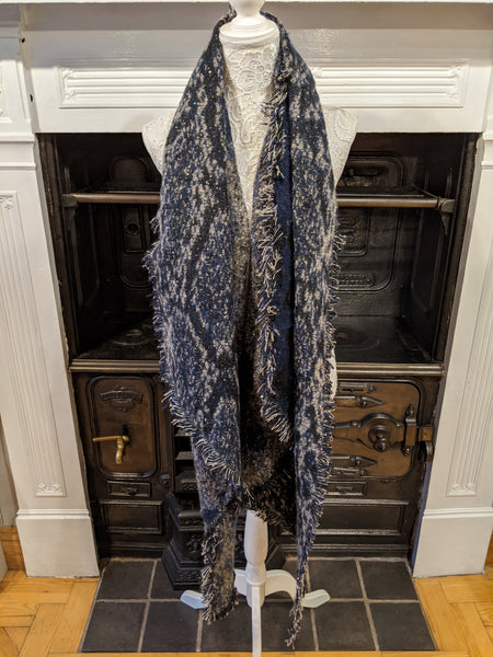 Chunky knit blue animal print scarf