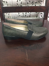 Load image into Gallery viewer, Dansko flats size 38