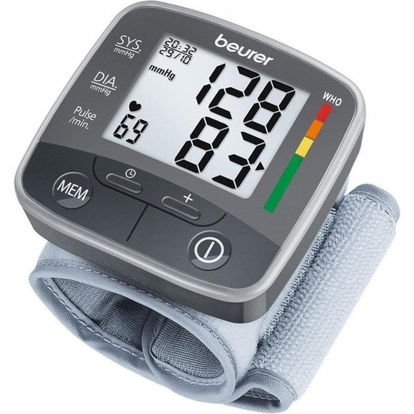Beurer BC32 Wrist BP Monitor machine