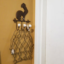 Load image into Gallery viewer, Cast Iron Rooster with 3 Hooks