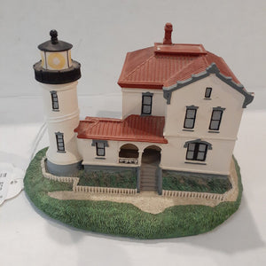 "Danbury Mint Historic American Lighthouse Collection: ""Admiralty Head Lighthouse"" WITH BOX"