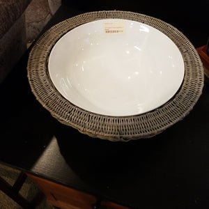 "15"" Ceramic Serving Bowl in Basket"