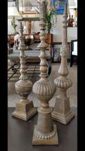 "Load image into Gallery viewer, NEW 26"" Decorative Finial"