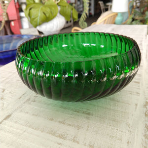 Vintage Emerald Green Glass Twisted Rimmed Bowl
