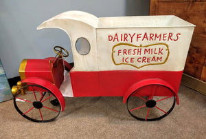 "NEW 40"" Solar Lighted Antique Style Metal Milk Truck 2480880"
